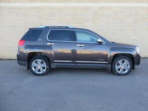 2014 GMC Terrain SLT LOW KM LEATHER Locally Owned