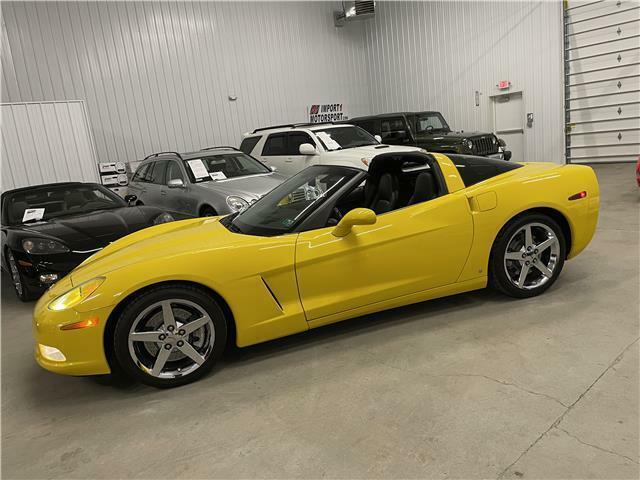 2007 Yellow Chevrolet Corvette Coupe 3LT | C6 Corvette Photo 5