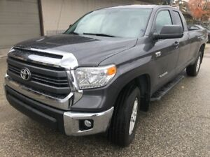 2015 Toyota Tundra SR__DOUBLE CAB____4X4___GREY ON BLACK SR SR
