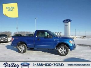 SUPER CLEAN WITH TOW PACKAGE! 2014 Ford F-150 STX 4X4 REG CAB