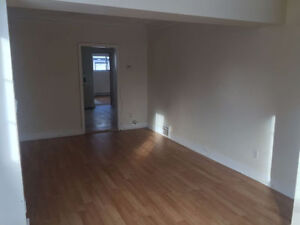 CENTRAL LOCATION - RENOVATED TWO BEDROOM - PEARL STREET
