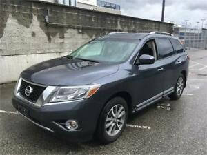 2014 Nissan Pathfinder SL just 49.500 km LOADED