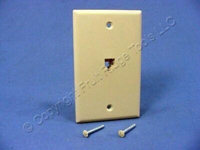 New Leviton Ivory Flush Mount 4-Wire Telephone Jack Wallplate Type 625B4 40249-I