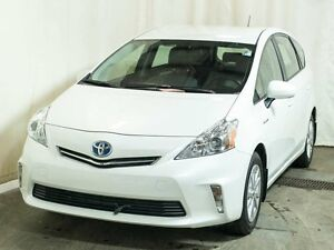 2014 Toyota PRIUS V HYBRID Luxury Package w/Navigation