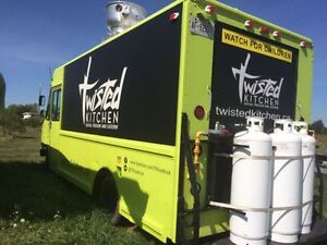 Great Food Truck! Ready to Roll! - 1997 Chevy P30