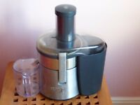 Juicer for fruit & Veg. Kenwood Vita Proactive