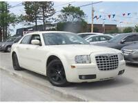 2006 Chrysler 300 Sunroof/Alloys *Accident Free* PRICED TO SELL!