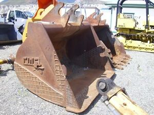 BUCKET SET FOR EX300/ZX300/JD892/JD300, QA DIG, AND CU BUCKETS