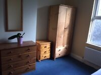 Room to let in Totterdown, Bristol only a short walk from Temple Meads station