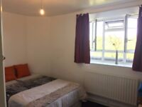 A lovely double room west London and close to central London free wifi, BH-1, W12 7PS