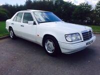 Mercedes W124 E220 Auto - classic w123 sl amg bmw audi mg alfa saab rolls bentley porsche retro
