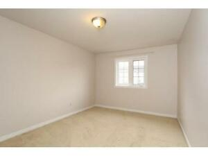 NEWER TOWNHOUSE IN  EAST GALT 3 bed 2.5 bath FERNCLIFFE ST Cambridge Kitchener Area image 8