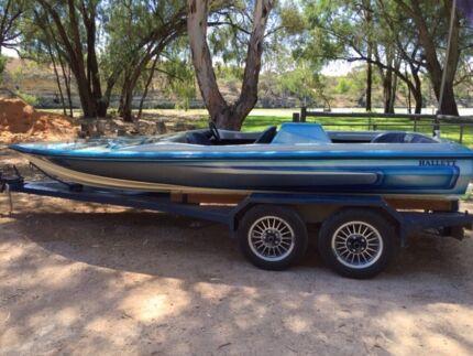 Ski boat hallett hustler 350 chev Morgan Mid Murray Preview