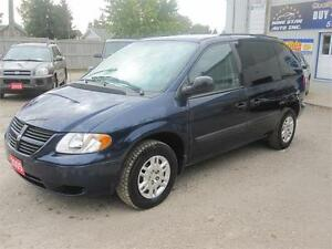 2005 Dodge Caravan|MUST SEE|ONLY 103KM|NO RUST|DVD Kitchener / Waterloo Kitchener Area image 3