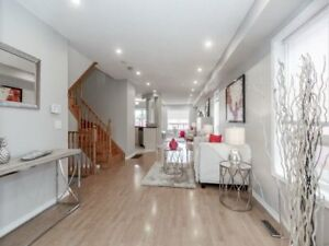 **Amazing 4 BR Plus Finished Basement in Mississauga For Lease**
