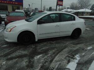 Nissan Sentra 4dr Sdn I4 2.0 2011