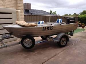 Boat - Tinnie 3.7 metres in good condition