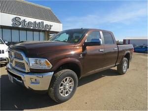 2014 RAM 3500 Laramie 4x4 VENTED LEATHER SEATS! BACK UP CAM!