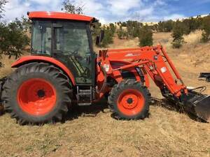 76 HP Tractor    AS NEW  ONLY 133hrs Tolmans Hill Hobart City Preview