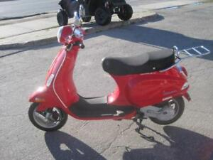 Preowned 2007 Vespa LX 50 with low kms