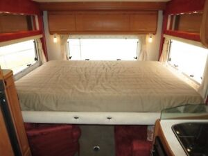 Winnebago Freewind – ELEC BED MODEL - AUTO