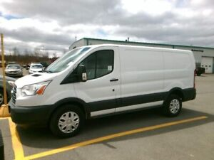 2015 Ford Transit-250 Diesel|Low Roof|Leather|Heated Mirrors|One