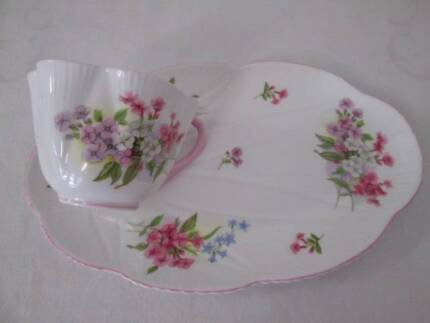 """Vintage Shelley """"Stocks"""" Cup And Saucer Matinee Set."""