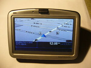 Tomtom Go 910- UK USA Canada Europe maps-used Stock Clearance