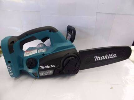 MAKITA 36V CORDLESS CHAINSAW - DUC252 - GREAT COND - CHEAP!!
