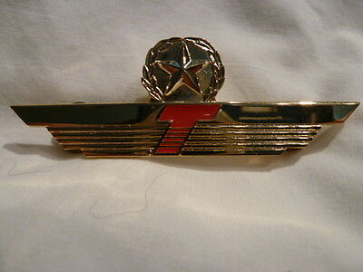 Donald J  Trump Airline Obsolete Pilot Wing W  Star Metal Gold Red Original L  K