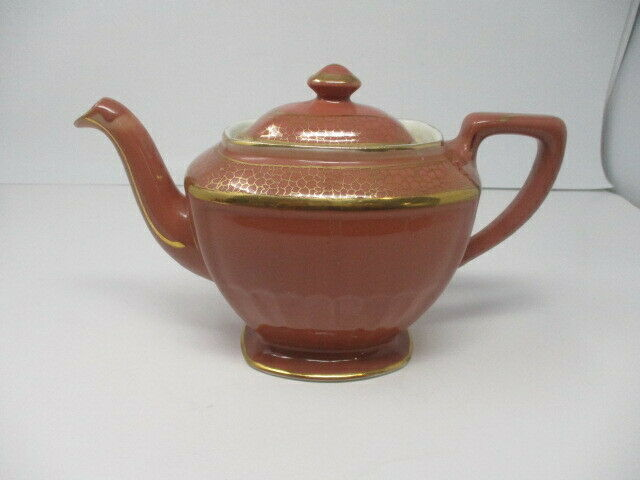 Vintage HALL CHINA Hollywood Teapot  Pink w/Standard Gold  5 cup  Beautiful!!