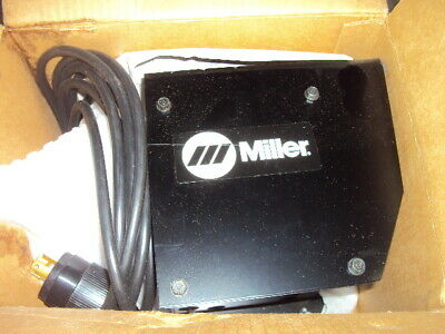Miller 040056 Hand Remote Control With 20 Ft Rhc-3