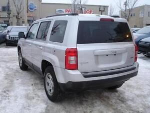 """ REDUCED "" 2012 JEEP PATRIOT NORTH SPORT 4X4 AUTO-100% FINANCE! Edmonton Edmonton Area image 4"