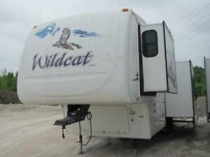 2008 FOREST RIVER WILDCAT 30LSBS-9576 LBS, 3 SLIDES-REAR LIVING