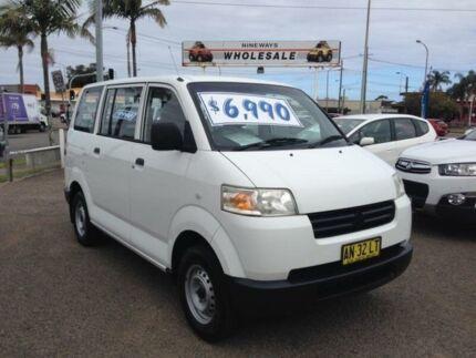 284569929e 2006 Suzuki APV GD MY06 Upgrade White 5 Speed Manual Van