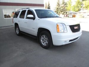 2010 GMC Yukon SLE **Bluetooth, 8 Passenger, w/ WARRANTY** SALE