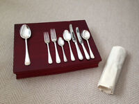 Beautiful Silver Plated Cutlery Set. 10 Place Settings.