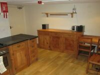 ** Double Room in Delph Mount **SAVE £100 ON YOUR FIRST MONTHS RENT IF YOU APPLY IN JUNE!