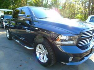 2014 Ram Sport 4x4/Loaded/Leather /Sunroof/Back up Cam/Nav/h/s