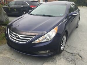 "2014 Hyundai Sonata SE ""4 NEW SNOW TIRES""  CLICK ON ""SHOW MORE"""