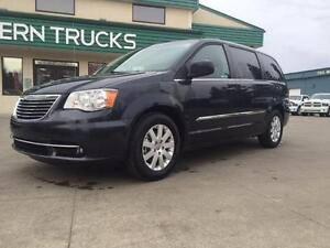 2014 Chrysler Town & Country~Leather~Sto & Go Seating ~ $128 B/W