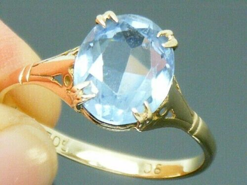 9ct Gold  Antique  Blue Spinel Ring size P