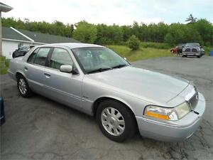Grand Marquis ULTIMATE EDITION , 152000 KM , undercoated !