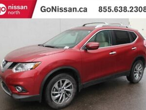 2015 Nissan Rogue SL, AWD, LEATHER, NAVIGATION, PANO ROOF.