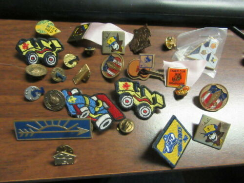 Cub Scout Pins of All Kinds Lot of 26         c70