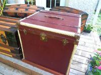 Antique Coffre malle trunk European rare Hat trunk