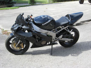 Looking to buy Downed Sport Bikes!