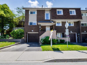 Awesome 4 bedroom end unit Townhouse in Etobicoke - JUST LISTED