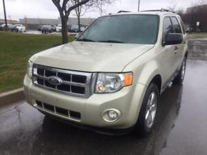 2010 FORD ESCAPE/ACCIDENT FREE/TOWING PKG/AUXILIARY INPUT/ALLOYS