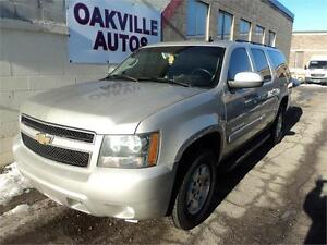 2007 Chevrolet Suburban LT-no accident-new tires-170000km